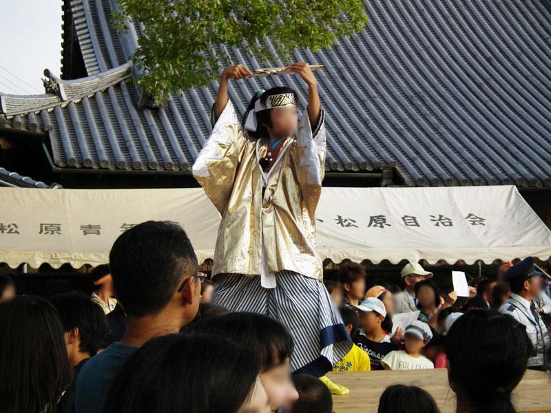 小松原三社大神社での仁輪加太鼓と、扇町の獅子舞です。by.Akioさん